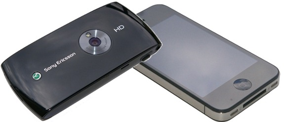 Sony Ericsson Vivaz vs Apple iPhone 4