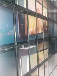 MWC-Video-Wall_2-640x853