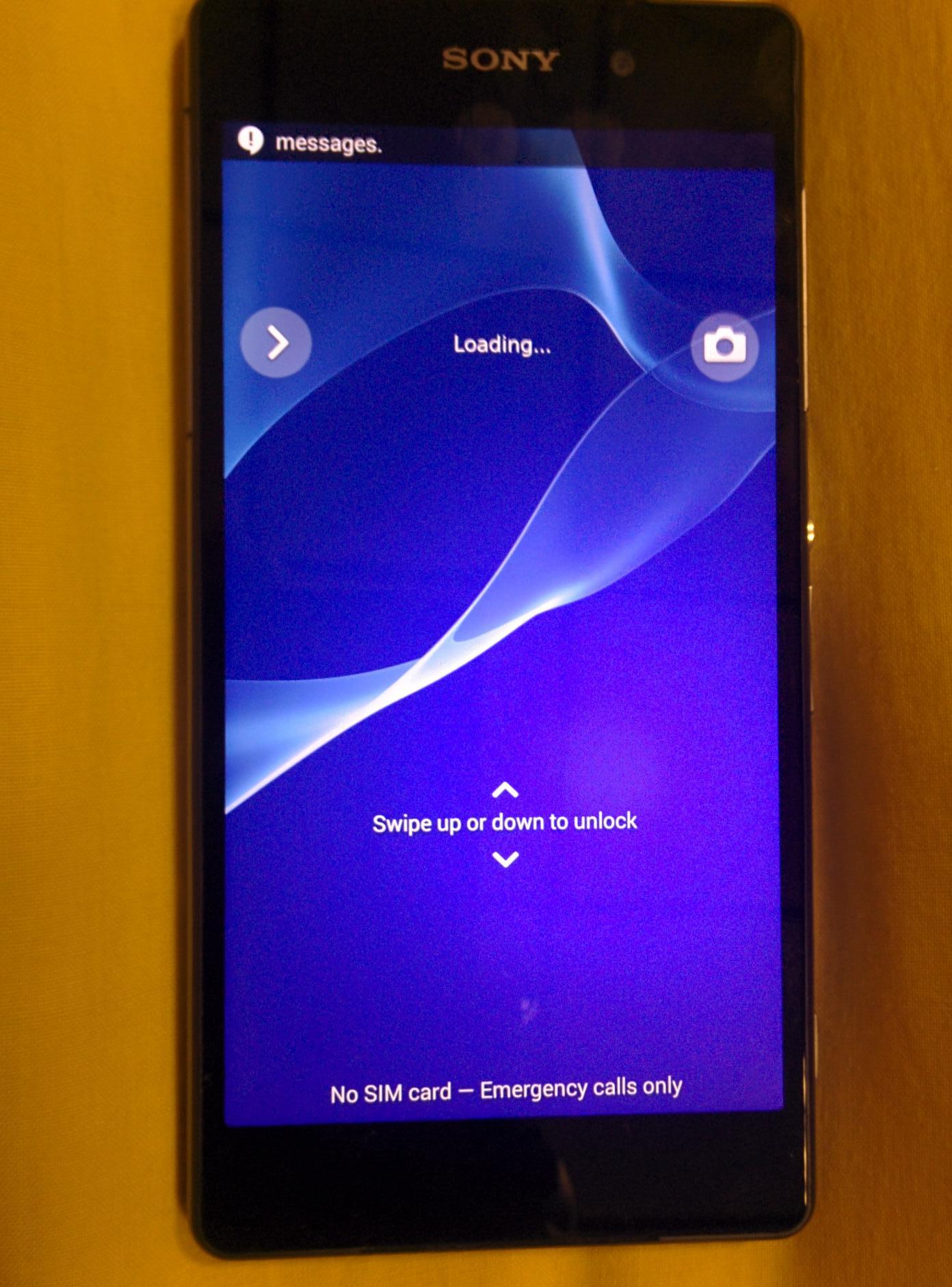 Lock-Screen-of-Sony-D6503.