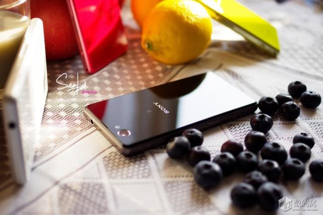 Xperia-Z1-Compact-in-colour_16-640x425